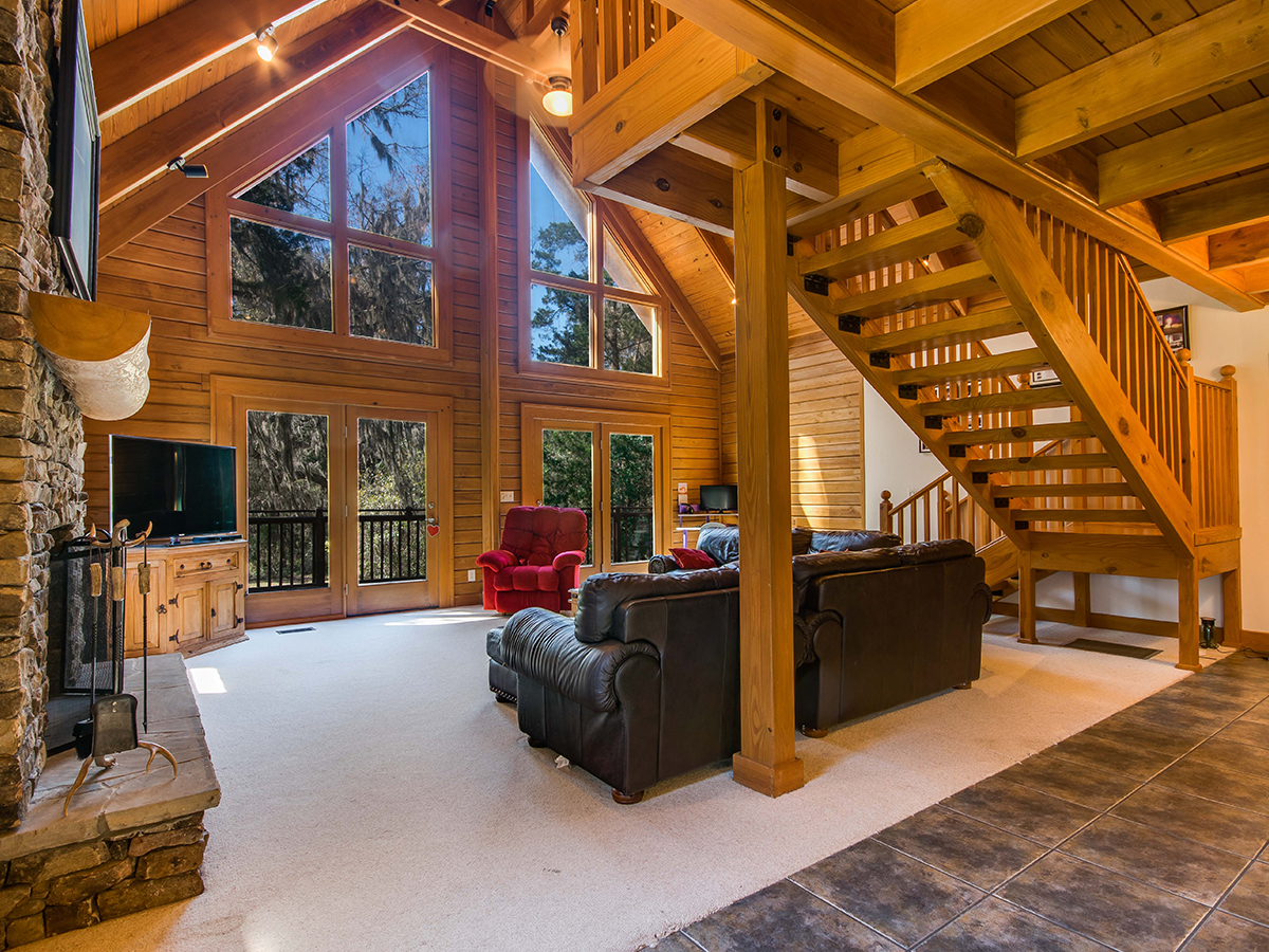 Rustic and Luxurious Central Floridas Log Cabin Homes