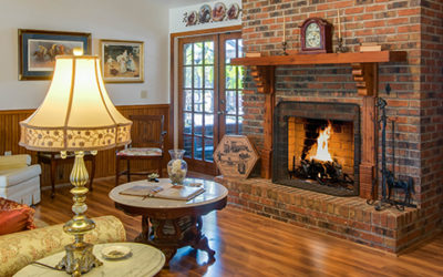 Warm and Cozy | Our Favorite Homes with Fireplaces