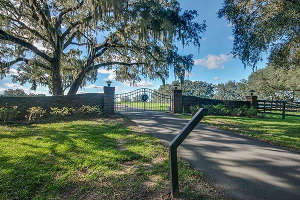 Heartwood_Gate