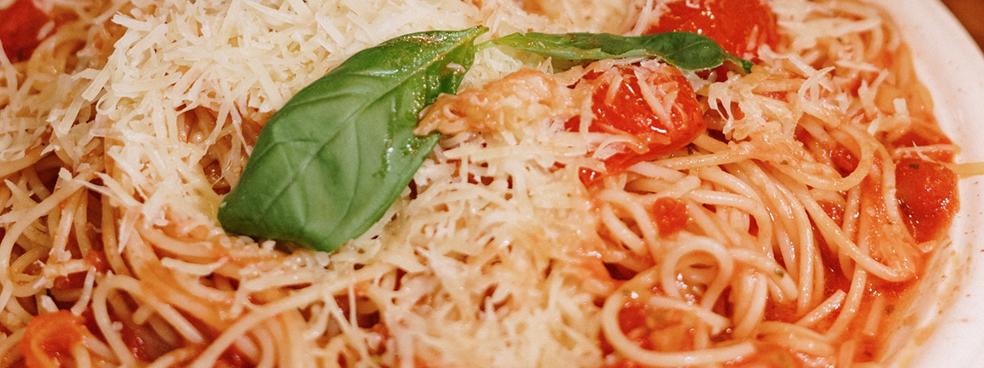 A large plate of spaghetti