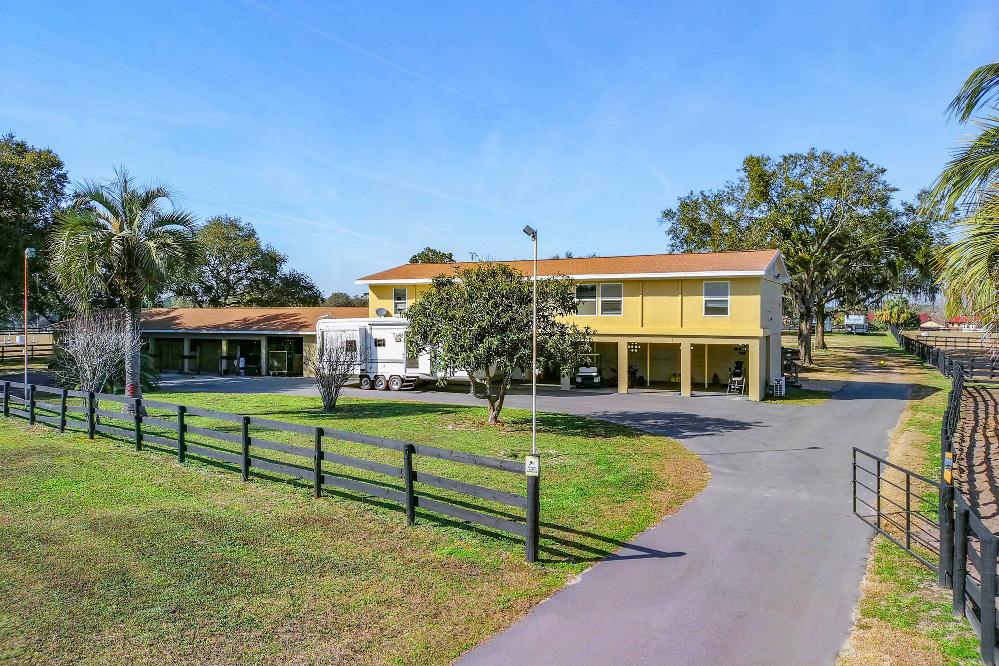 Click to view farms under $750,000