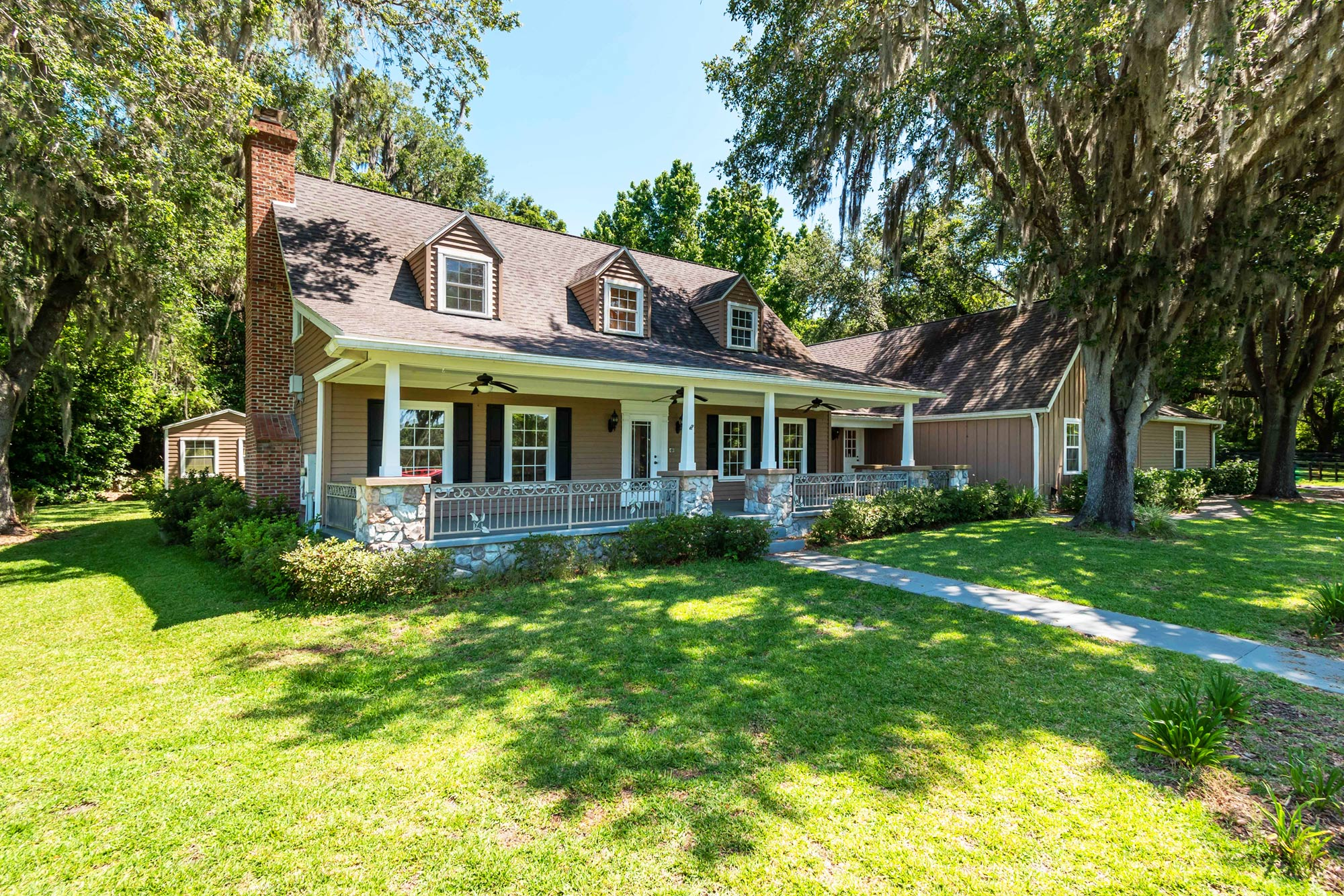 Click to view homes with acreage